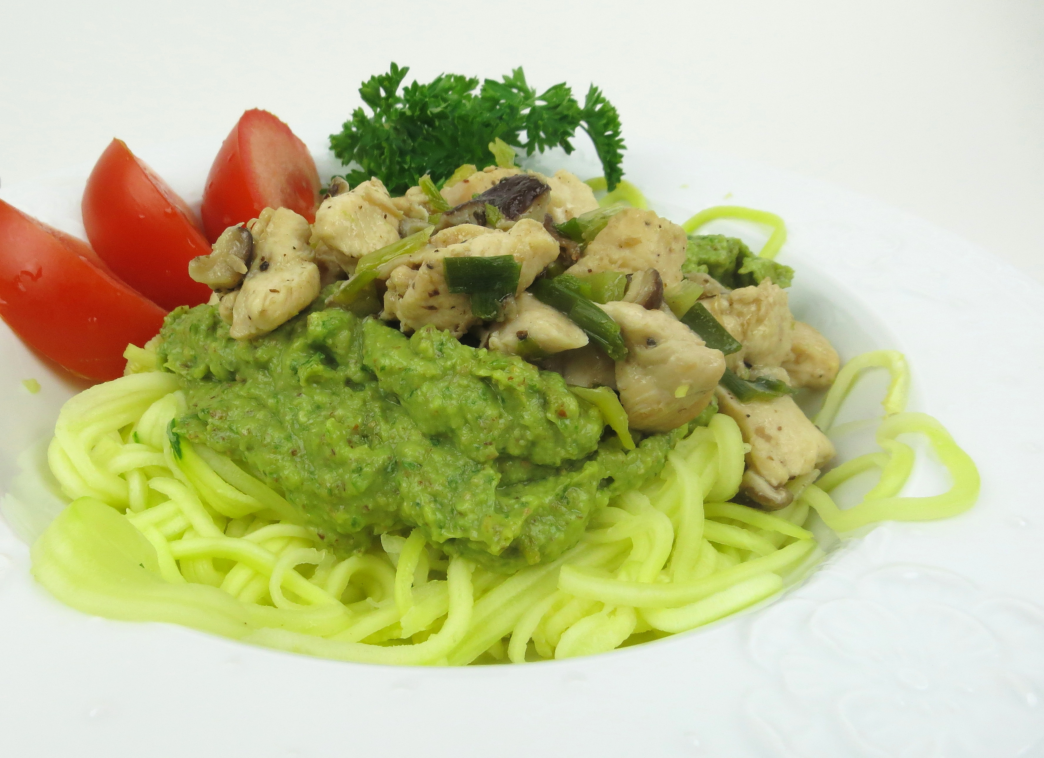 Paleo-Pesto-Pasta-chicken