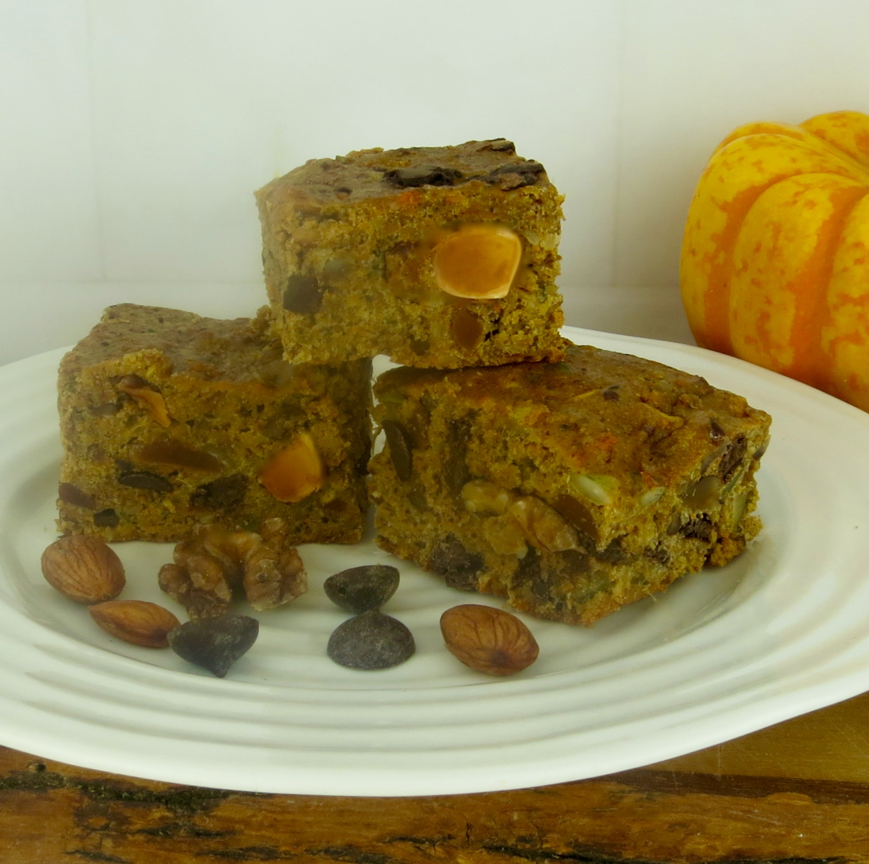 pumpkin-trail-mix-bars